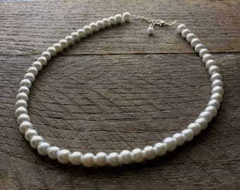 White Pearl Necklace Bridal Necklace One Single Strand Simple Pearl Necklace on Silver or Gold Chain