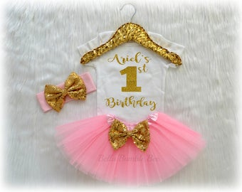 Baby Girl Birthday Outfit, Light Pink and Gold Glitter with Custom Name, Tutu Headband Set, Short and Long Sleeve Bodysuit Tshirt 320