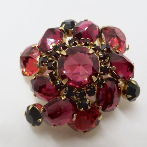 Rhinestone Brooch, Ruby Red Domed Pin, Vintage Jewelry