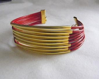 Women Leather Tube Bracelet.