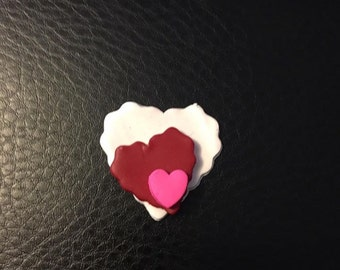 Jagged Edge Stacked Heart Valentine's Day Clay Bow Center