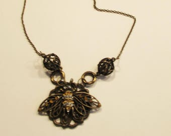 Necklace, pendant, bee, stoned, golden, beads, rings, C, jewelry