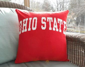 Ohio State University Buckeyes Upcycled/recycled T-shirt 16x16 Pillow Cover