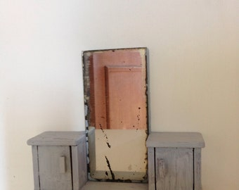 Shabby Chic 1:12 scale dollhouse miniature dressing table