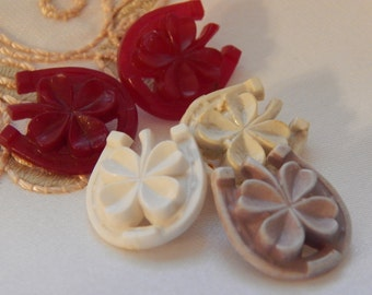 Horse Shoes and Four Leaf  Clover Vintage Plastic Buttonss - 5