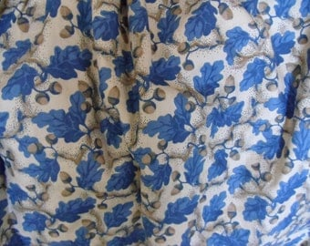 Beautiful Vintage English country house chintz fabric Acorn toile curtain ~ cottage chic