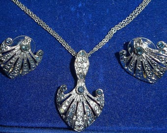 Jackie Kennedy Platinum Plated Necklace Set with Crystals, Box and COA