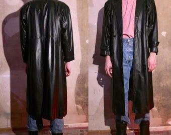 LONG COAT 80s shape black leather sz M/L