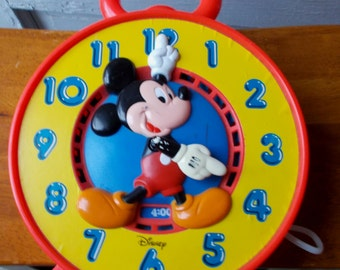 Vintage Mickey Mouse Disney Mattel Learn to Tell Time Clock 1981 Works