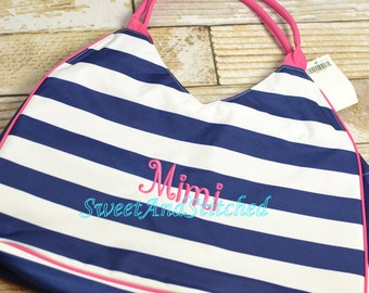 Monogrammed Beach bag in hot pink and navy, Large Beach Tote Monogrammed with inside zipper pouch, Great For girls weekend or Bachelorette!