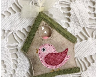 Birdhouse Candy Holder - Machine Embroidery Instant Download Design