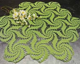 Lovely larger well done vintage 1970s round handmade crochet olivegreen thin cotton yarn tablecloth