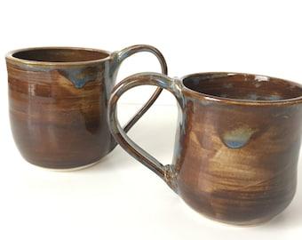 Set of 2 Brown Mugs 10 oz