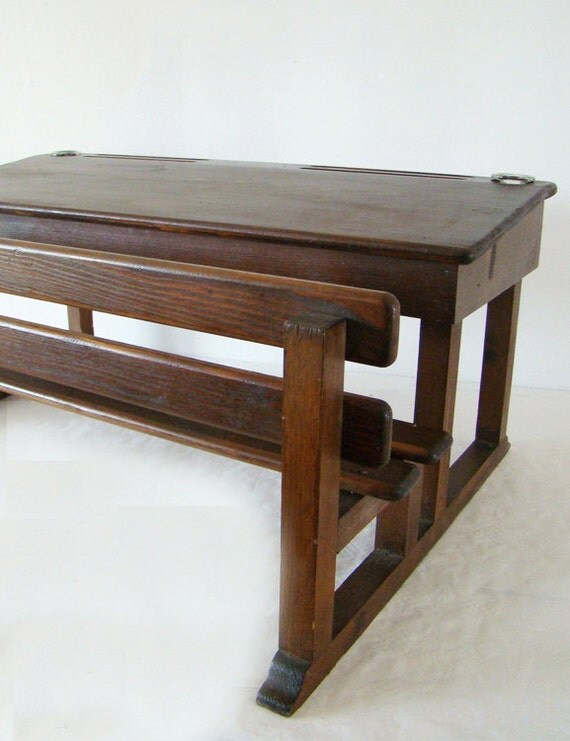 jouet bois bureau avec encriers jouet pupitre pour. Black Bedroom Furniture Sets. Home Design Ideas