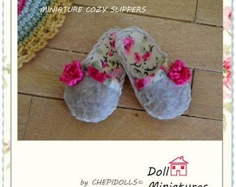Miniature slipper, dollhouse warmer, cozy miniature