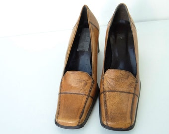 Vintage Leather Shoes by Clarks, Tan Leather, Made in England, 1970/80's, UK Size 7 USA Size 9