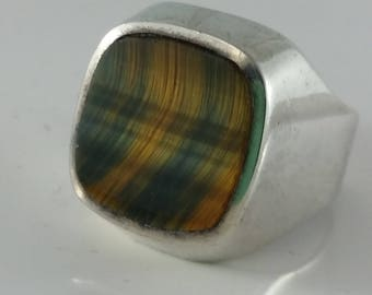 1970s Tiger Eye Silver Man's ring