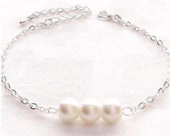 Pearl Bracelet, Ivory Pearl Jewelry, Ivory Bracelet, Bridesmaid Bracelet, Bridesmaids, Wedding