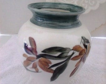 VINTAGE, beautiful hand painted flower vase. Painted by Luyer,  1980 NEW Store Stock