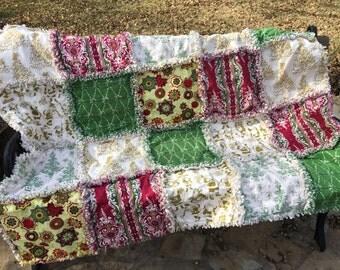 READY TO SHIP Christmas rag quilt - Christmas quilt - Christmas throw - Christmas blanket - Christmas decor - Christmas gift