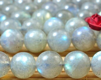 50 pcs of  A A Grade--Natural Labradorite smooth round beads in 7.5mm (5#)