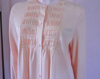 """1960s Pale Coral-Colored Nylon Robe by """"Gossard Artemis,"""" Size Large"""