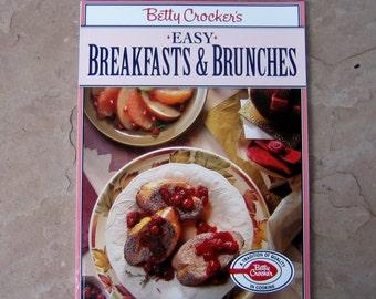 Betty Crocker's Easy Breakfasts & Brunches, Breakfast and Brunch Cookbook, 1994 Vintage Cookbook