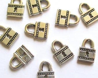 10 x tiny padlock charms - Silver padlocks - Vintage style charms - Valentine's Day charms - Jewellery making - UK seller - UK charms