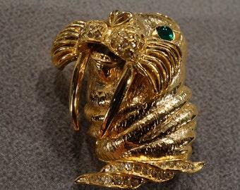 Vintage Art Deco Style Yellow Gold Tone Rhinestone Faux Emerald Wallrus Design Pin Brooch Jewelry -K#71