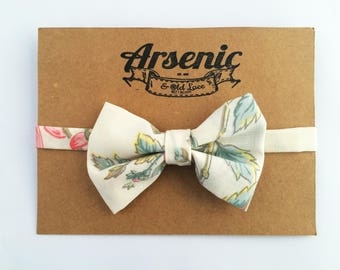 Boys bow tie | toddler bow tie | baby bow tie | green bow tie | page boy bow tie | floral bow tie | vintage bow tie