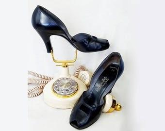 Reserved for Susan / 1940s Pumps / 40s Pumps / Black Patent Pumps / De Liso Debs Shoes / 1940s Shoes / 40s Shoes / Size 9 / Vintage Shoes