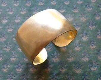 14 K Gold Fill Cuff Bracelet, Hammered Gold Cuff Bracelet, Brushed Gold, Hand Forged Bracelet, Handmade Gold Jewelry, Classic Cuff