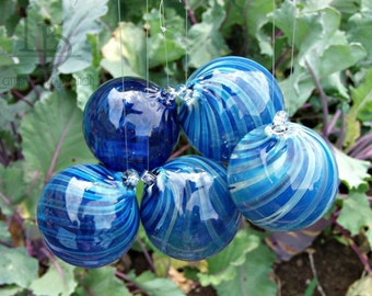 Hand Blown Glass Christmas Ornament Garden Sun Catcher-Blue Twist