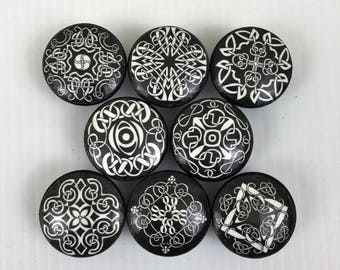 Set Of 8 Black And White Celtic Pattern Cabinet Knobs