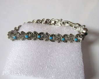 Dainty vintage ornate silver tone real turquoise seed beaded bracelet