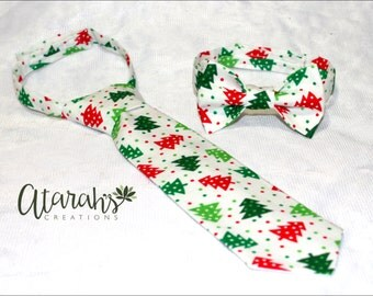 Handmade Christmas Bow tie / Christmas Neck tie / Kids Christmas Tie/ Photo prop. Made in USA