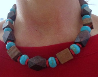 Boho Wood Bead Necklace,Wooden Turqoise Necklace,Red and Blue Wood Beaded Necklace,Chunky Necklace