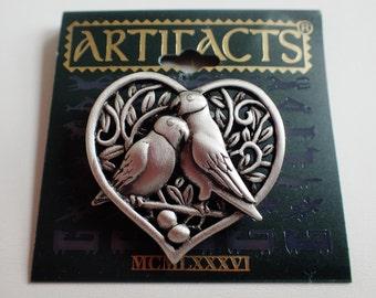 JJ Jonette Pair Of Lovebirds In Heart With Leaves And Eggs Brooch Pin