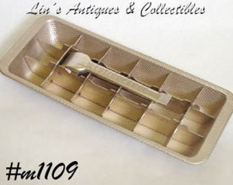 Vintage Bronze Color WestingHouse 18 Cube Aluminum Ice Tray (Inventory #M1109)