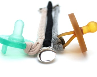 Pacifier Clip Set / Gender Neutral Gift Set