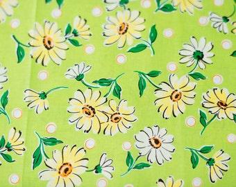 Suzuko Koseki Daisies in Green and Yellow by Yuwa - 1/2 Yard