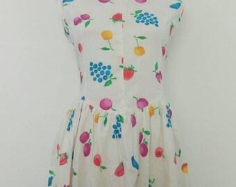 Vintage 80s cotton summer sun dress fruit print picnic house dress