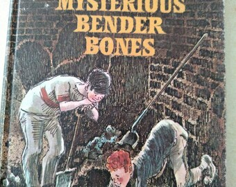 The Mysterious Bender Bones by Susan Meyers, illustrated by Ib Ohlsson, 1970 Weekly Reader, boys mystery adventure story