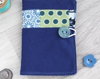 birthday gift for friend, small sewing gift, needlecraft, handmade needle case, needle sewing case, needle book, small sewing gift,