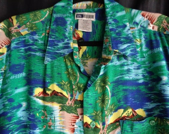 Vintage Hawaiian style shirt green tropical landscape