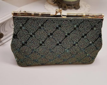 Vintage 1960's Lovely Green Beaded Purse