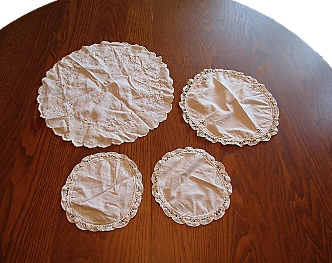 Vintage Doilies Set | 4 Center Rounds Doily Set | White Linen Doilies | Wedding Decor | House Warming Gift