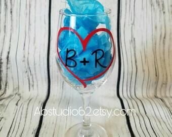 Anniversary Wine Glass, Newlywed Gift, Personalized Wine Glass, Valentine's Day Gift, Anniversary Gift, Valentine Gift, Wedding Glass
