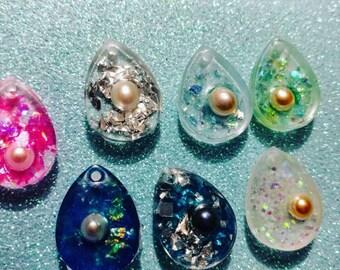 Add Glitter to your mermaids Tears