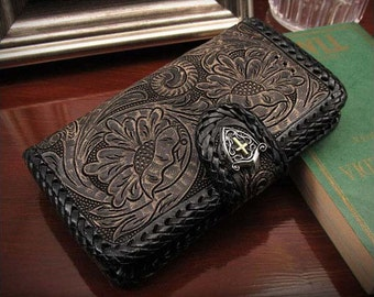 Leather iPhone 7 Flip Case Black & Concho K01E14